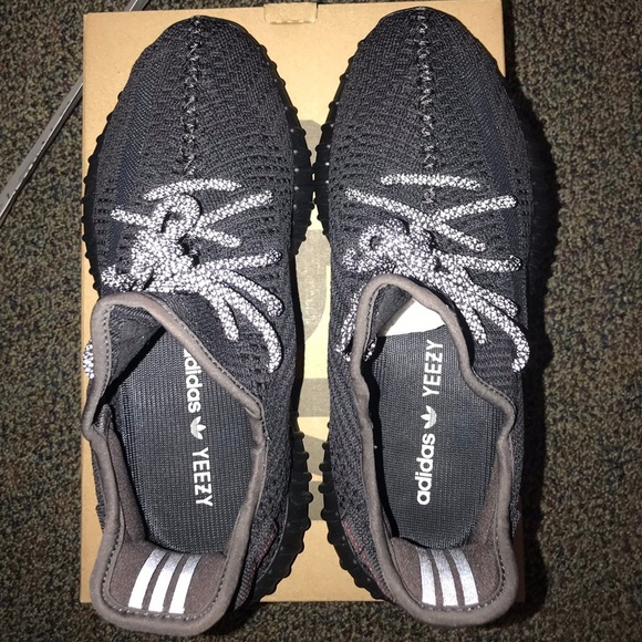 Yeezy Shoes   Yeezy 35 V2 Boost Black